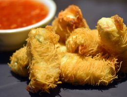 kataifi-prawn-with-sweet-chilli-sauce